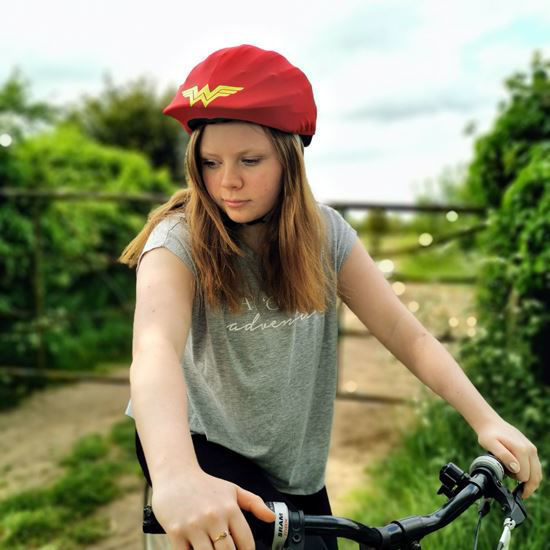 Evercover - Wonder Woman Helmet Cover